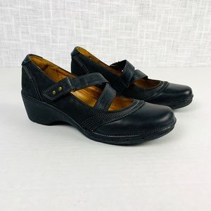 Clarks Unstructured leather Mary Janes, sz 7.5